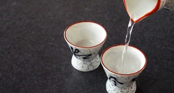 日本酒 徳利と盃