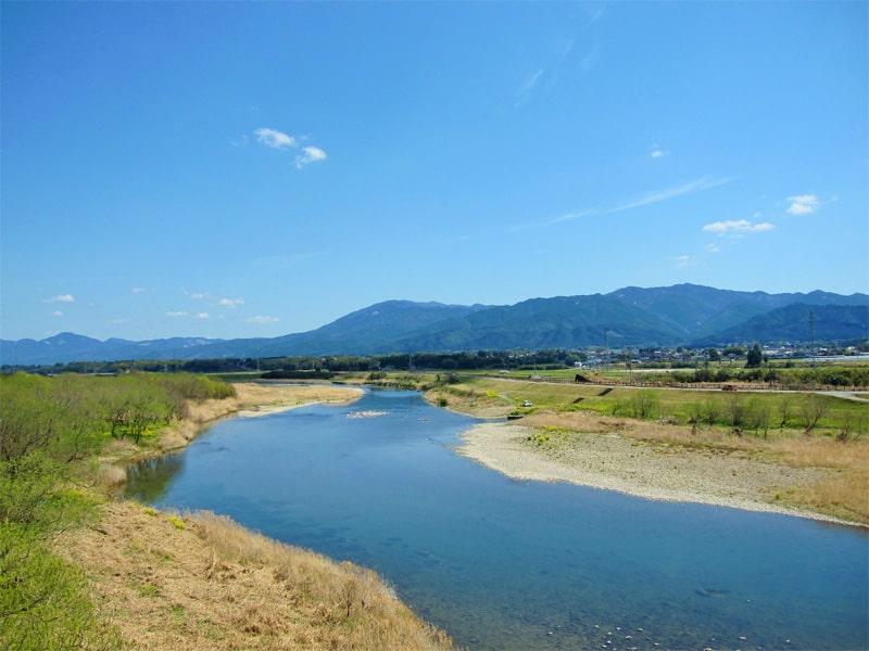 常楽酒造 球磨川と錦町、白髪岳