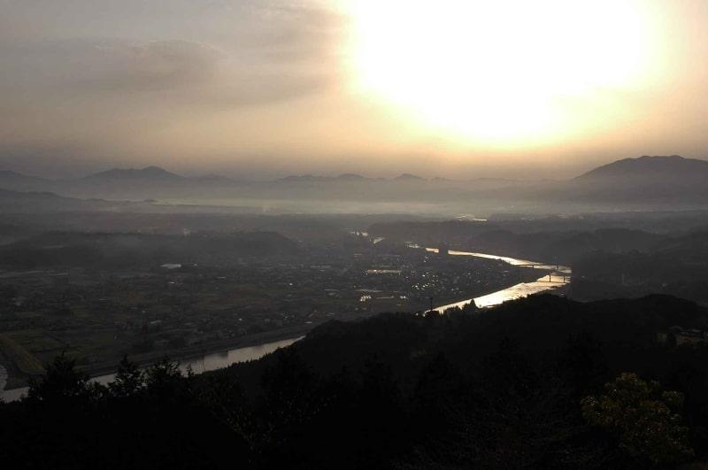 人吉球磨盆地の日の出