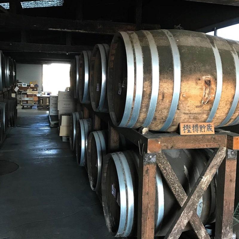 「球磨焼酎蔵めぐり」と「日本遺産人吉・球磨満喫」ツアー 「深野酒造」蔵見学 樫樽貯蔵