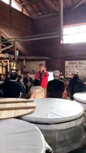 「球磨焼酎蔵めぐり」と「日本遺産人吉・球磨満喫」ツアー 「大和一酒造元」蔵見学風景