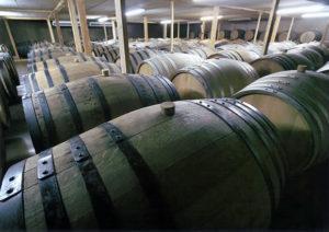 六調子酒造 樽貯蔵風景