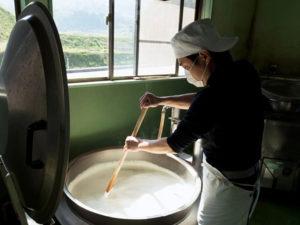 有限会社真砂 『真砂の豆腐』製造風景