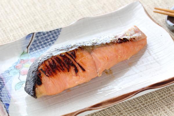 鮭の粕漬け焼き